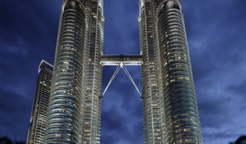 MALAYSIA 2010: TOURISM GROWTH BRINGS GOVERNMENT INCENTIVES