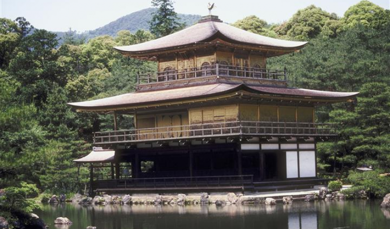 NO LONGER A THREAT – JAPAN NEEDS TOURISTS