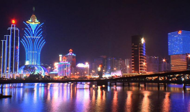 MASS TOURISM – SOLUTION TO THE TROUBLES OF MACAU CASINOS