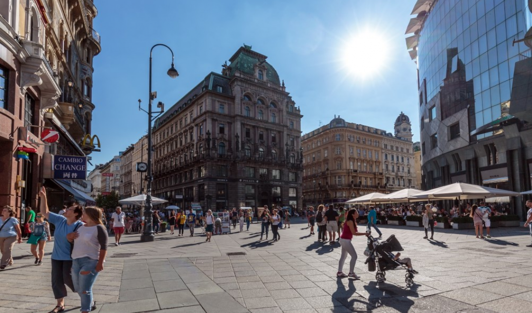 OVERNIGHT STAYS INCREASE SIGNIFICANTLY IN VIENNA