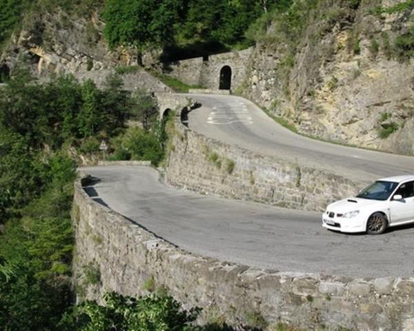 Top 10 Most Dangerous Roads | .TR