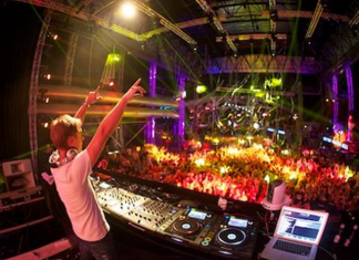 TOP 7 REMARKABLE AND BIZARRE NIGHTCLUBS