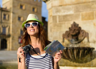TOP 5 FEATURES OF TRAVEL ADDICTS