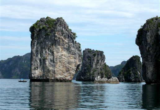 HA LONG BAY THREATENED BY MASS TOURISM