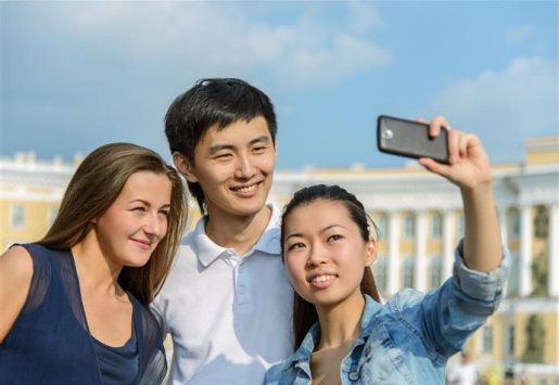 THE TOP 5 DIFFERENCES BETWEEN CHINESE AND WESTERN TRAVELLERS