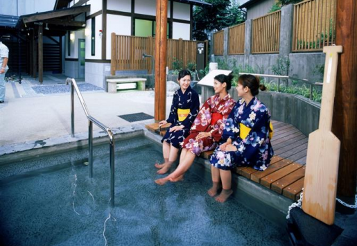 JAPAN ENJOYING AN ECONOMIC BOOST DUE TO TOURISM