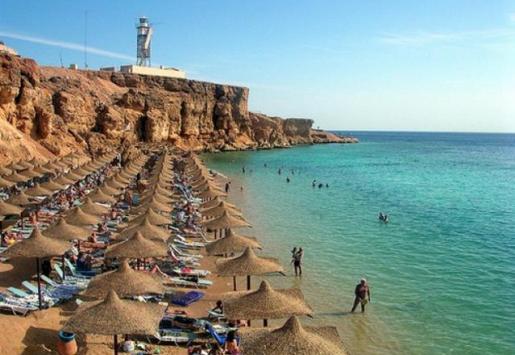 EGYPT REMAINS POPULAR AMONG RUSSIAN TOURISTS DESPITE RUBLE DEVALUATION