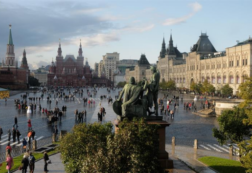 RUSSIA TO REAP MORE FROM CHINESE TOURISTS