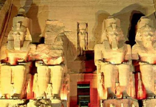 EGYPT SIGNS $68M CONTRACT TO REVIVE TOURISM INDUSTRY