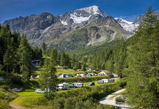 SWISS CAMPSITES REPORT A DROP IN OVERNIGHT STAYS