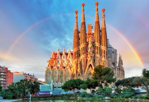 BARCELONA IN NEED OF A NEW TOURISM MODEL