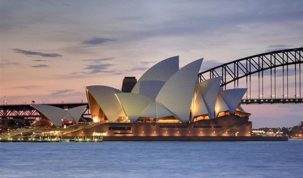 6) Sydney Opera House, Sydney, Australia
