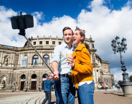 Selfie Stick Gets Forbidden at Several Attractions